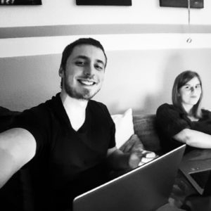 Beziehungs-Investoren Blogger